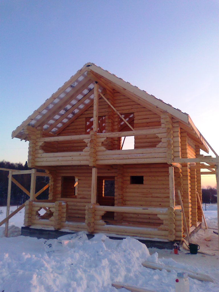Реконструкция фундамента дома винтовыми сваями